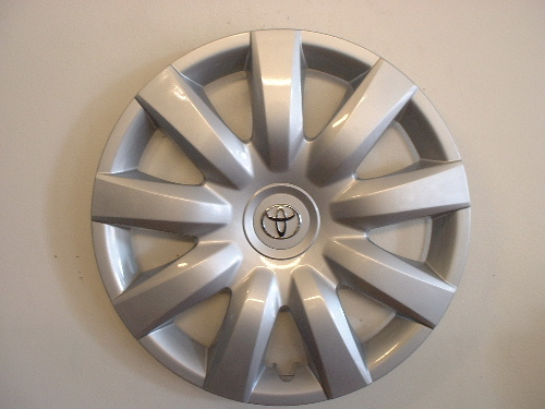 05-06 Camry wheel covers