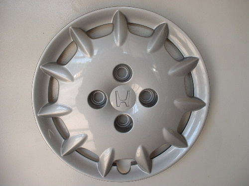01-02 Accord hubcaps