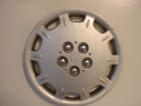 99-01 Breeze hubcaps