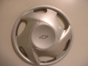 98-03 Chevy Prizm hubcaps