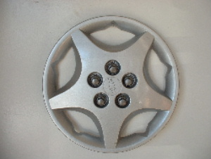 00-04 Cavalier wheel covers