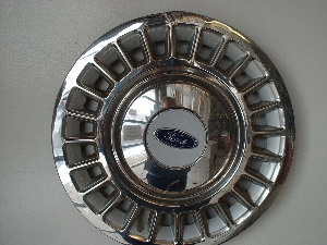 "98-01 Crown Victoria 16"" hubcaps"
