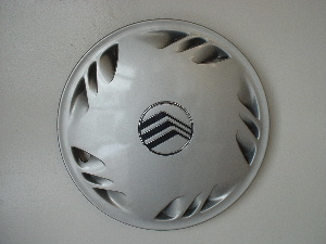 88-91 Sable hubcaps