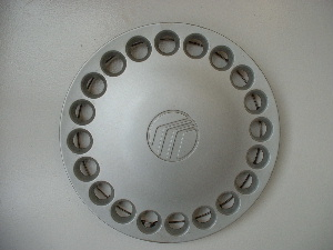 91-99 Tracer hubcaps