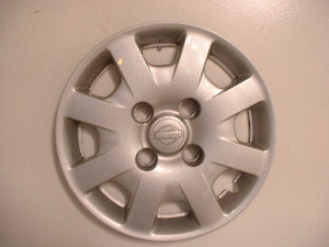 00-02 Sentra wheel covers