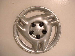 99-04 Grand Am hubcaps