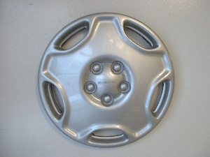 95-99 Legacy hubcaps