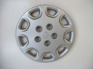 95-96 Camry hubcaps