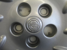 Chrysler hubcap center