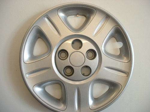 02-04 Intrepid hubcaps