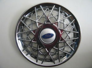 Crown Victoria spoke wheel covers