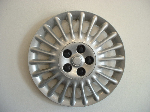 00-04 Sable hubcaps