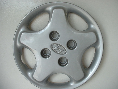 97-99 Tiburon hubcaps, wheel covers