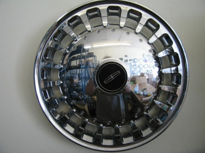 lincoln hubcaps