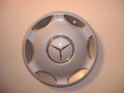 202 c230 k with hubcaps peachparts mercedes shopforum for Mercedes benz hubcaps