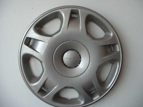 00-04 Legacy hubcaps